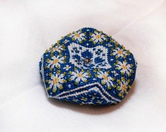 Biscornu Blue and yellow biscornu Chamomile Cross Stitch Pincushions