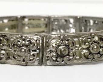 Silver Metal Bracelet link Vintage Bangle Art Decor Jewelry