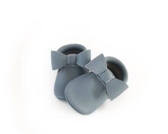 Steel blue Bow Mocs | baby Mocs | Mocs | leather Mocs | baby gift | new born mocs | toddler mocs | flower girlshoes