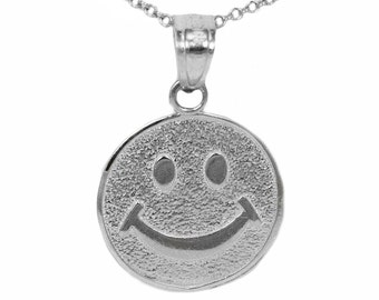 925 Sterling Silver Smiley Face Necklace