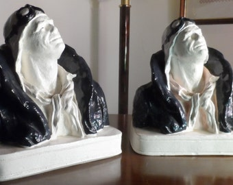 New price-pair of bookends statue Aviator Chevignon