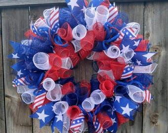 Patriotic wreath, 4th of July wreath, memorial day wreath, red white and blue wreath, flag day wreath, patriotic spiral deco mesh wreath