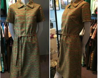 Vintage 1970s Leo-Danal Green Flowered Midi-Dress