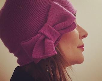 BOW-WOW retro cloche cashmere hat - hand-knit