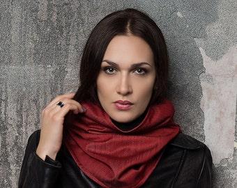 Hooded infinity scarf / Scarf hoodie  /  women scarf / Red hood /  winter scarf / hooded cowl / scarf with hood / Hooded scarves women