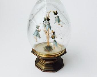 Vintage 1978 Jane Hutcheson Enameled Trembler Flowers In Glass Egg With Brass Pedestal Stand/Hutcheson/Vintage 70s Decor/En Tremblant/Brass