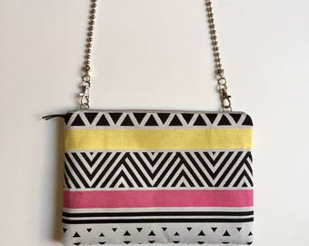 Pouch with chain shoulder strap removable - model Kumasi