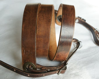"""handmade leather camera strap made in France Urban Cam """"The slasher rustic"""""""