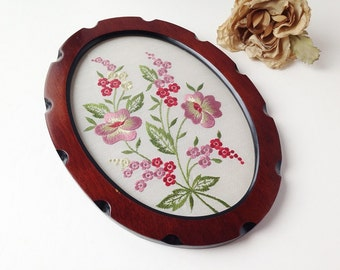 Vintage Embroidered Floral Picture / Vintage Floral Art / Vintage Flower Picture / Vintage Needle work / Needlepoint Picture