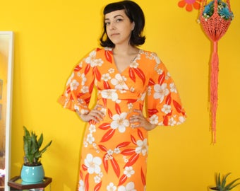 Vintage 1970's Tropical Hawaiian Bright Orange Bell Sleeve Maxi Dress