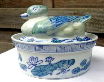 Ceramic Duck Soup Tureen/ Soup Tureen / Serving Dish/ Vegetable Bowl/ Hostess Gift