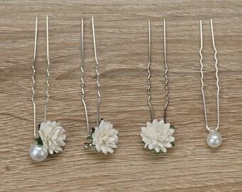 Flower Bobby Pins, Wedding Bobby Pins, Baby Breath Hair Pins, White Roses Bobby Pins, First Communion bobby pins, Flower Hair Pins