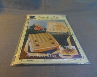"""Hand Bag Sewing Pattern, A Mail Bag, Favorite Things, 1999, 9"""" x 8"""" x 4"""""""