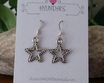 Jewelry by Hyundai's small star hollow