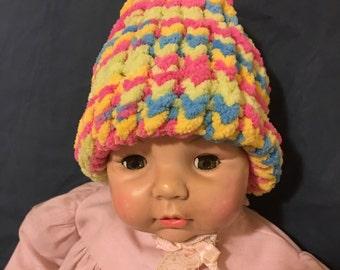 Newborn knitted baby hats