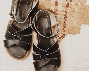 REDUCED- Womens Salt Water Sandals • Navy Blue • Size 5