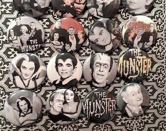 16 Munsters Button Set