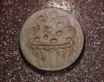 Refined Delight - Nude Pink duochrome pressed highlighter - cake batter scent