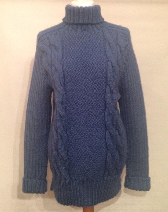 Vintage handknitted sweater EV6