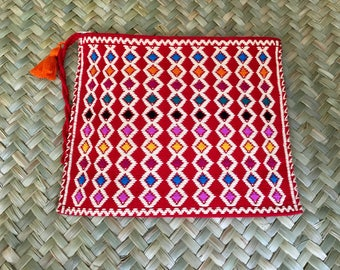 Handmade backloom straps makeup case small clutch from Chiapas Mx