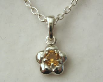 Solid 925 Sterling Silver November Birthstone Daisy Citrine Pendant