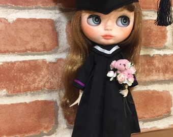 Blythe academic dress and cap