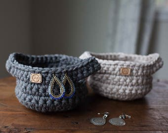 Ready to ship! Small crocheted trinket basket // choose from Beige or Gray