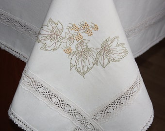 Tablecloth machine embroidery lace trim embroidered tablecloth