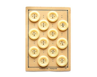 1960 Authentic Eggnog Buttons on Card