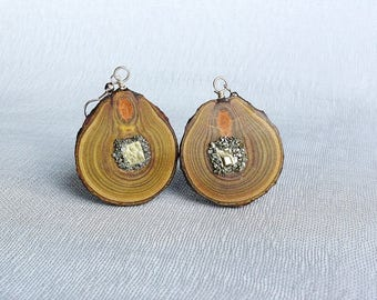 Wooden earrings from sumac wood and pyrite, earrings made of wood,Wood Dangle Earrings,jewelry made of wood,