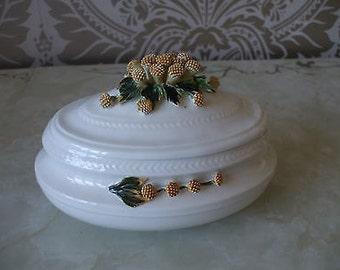 Vintage Pottery Small Turrine Large Trinket Box - White Thistles Floral