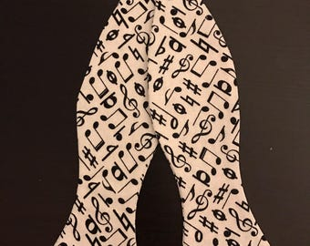 Black and White Musical Notes Bowtie