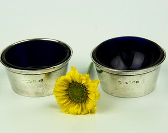 Lovely Pair of Antique Edwardian Solid Silver Salts with Cobalt Blue Glass Linings, Made in England, 1907