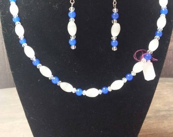 """21"""" Cats eye and Crystal necklace and earring set"""