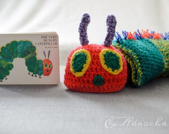 The very hungry caterpillar baby cocoon, crochet baby cocoon and hat, newborn photo prop