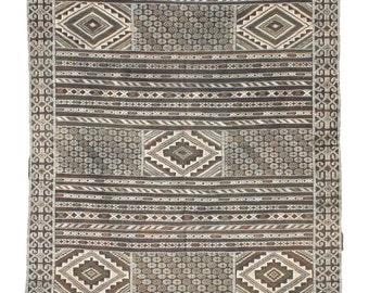 Black and White Rug, Kilim Rug, Wall Tapestry, Moroccan Rug, Boho Wall Hanging, Wall Art, Area Rug, Tribal Rug, Wool Rug
