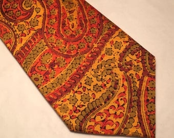 Vintage Resham Indian silk red and yellow paisley tie