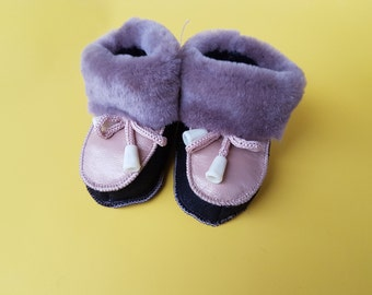 hand crafted baby shoes; baby leather shoes;soft sole shoes;ecofriendly warm infant shoes; winter baby shoes; crib shoes;  gift