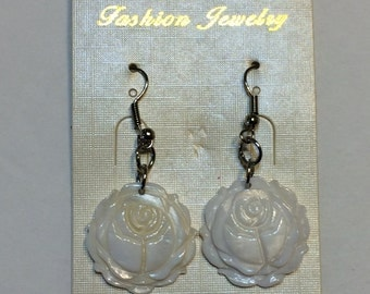 Beautiful White Rose Dangle Earring