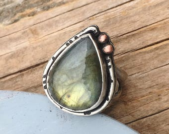 Sterling Silver Labradorite Ring Copper Accents - Labradorite Ring - Boho Ring - Statement Ring - Silver and Copper Ring - Size 6.75 - 17016
