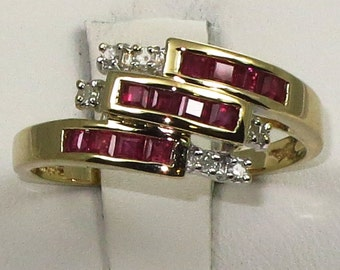 Estate 14k yellow gold ring with Ruby and diamond.