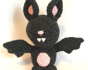 Amigurumi crochet pattern: Bat
