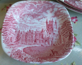 Wedgwood Small Red & White Trinket Plate -Royal Homes/Decorative Kitchenalia/Collectibles-English