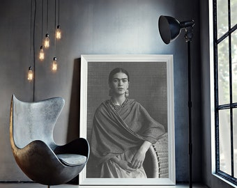 Frida Kahlo Print, Frida Kahlo Photo, Frida Kahlo Poster, Gift for Her, Frida Kahlo Fashion Icon, Digital Download - 078