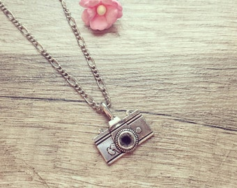 Long chain camera silver, stainless steel, photography, camera, photography, vintage, ethnic, playful, romantic