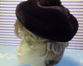 Vintage Black Fur Hat Tam o Shanter Sheared Dyed Lamb Free Shipping