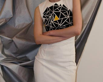 Minimal geometric runway dress
