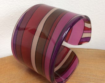 Groovy Vintage Wide Lucite, Plastic Cuff Bangle - Pop Art psychedelic pink, purple