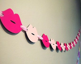Smooch Lips Garland/Banner/ Valentine's Day Banner