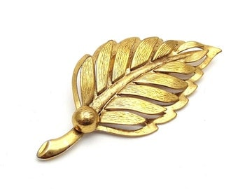Modern Gold tone Metal Leaf Brooch Vintage from the 90s Emblem Symbol Tree Runway Statement Jewelry Fall Leafy Leaves falling